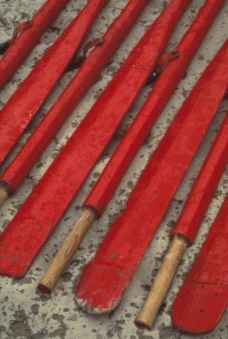 The iconic Holiday Red Oars