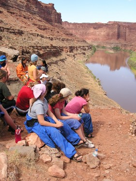 Inspiring Youth Groups with River Rafting Adventures