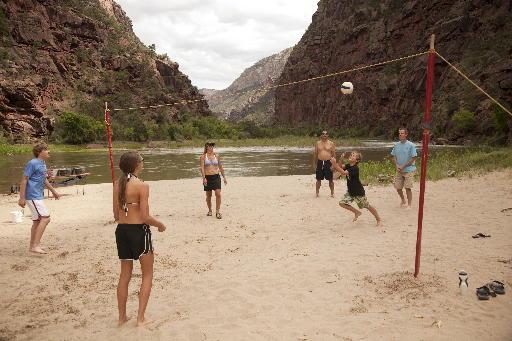 Family River Rafting: River Games