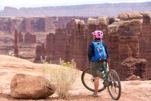 Canyonlands white rim trail mountain bike tour