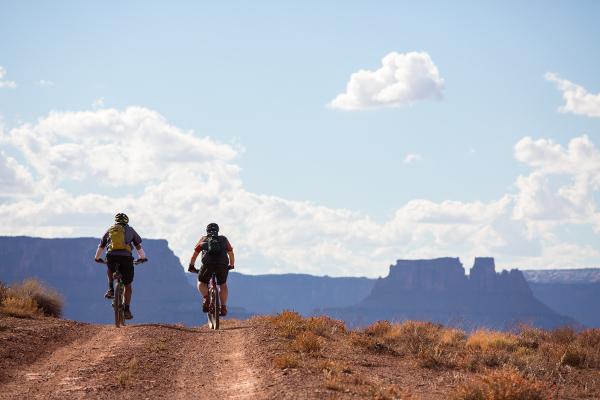 Canyonlands Bike Trip in White Rim
