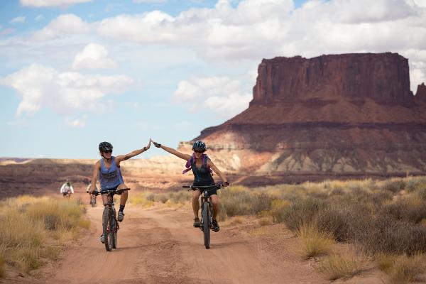 Mountain Biking White Rim Utah