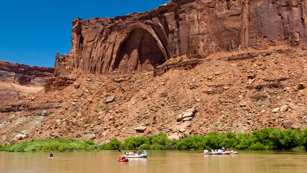 Scenery on the Colorado River in Canyonlands