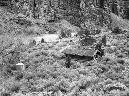 Lower Wade & Curtis Cabin in Lodore Canyon NPS Photo